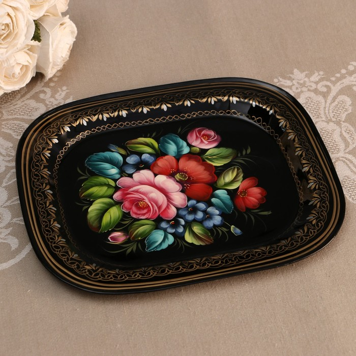 Zhostovo craftsmen showed famous trays at an exhibition in Moscow